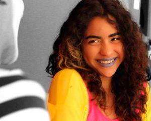 Clau, protagonista del Cortometraje Entre Gustos y Colores
