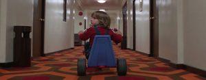 Visual cinematográfica en El Resplandor (Stanley Kubrick)